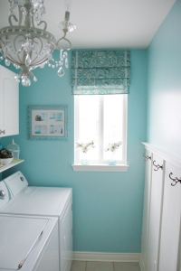 Laundry-Room-Makeover-Camerasandchaos
